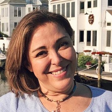 """Latinas Unidas: """"Del Miedo a la Confianza"""" – 14 de Abril"""